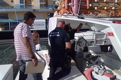 Maritime Police looking for illegal radio equipment onboard of a yatch. (Picture Courtesy of ANACOM)